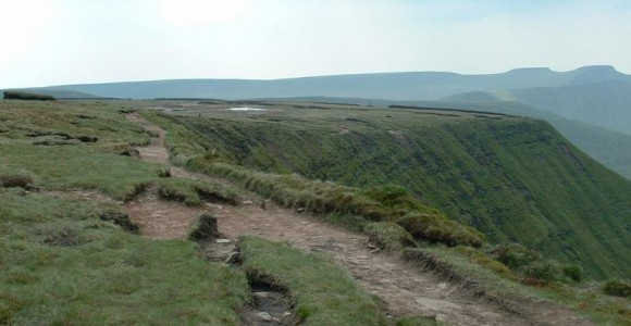 [Image: upland-erosion-on-fan-y-big-escarpment-2-580x300.jpg]